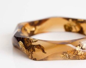 tiger eye wavy eco resin bangle with gold flakes