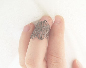 Gothic Armor Ring - above knuckle filigree knuckle ring midi ring