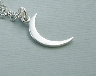 Small Crescent Moon Necklace - Moon of My Life - Khaleesi Necklace - Game of Thrones