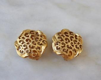 80s 90s Gold Swirl Button Monet Earrings