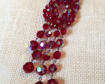 Vintage Faceted Ruby Red Aurora Borealis Knot Bead Vintage Necklace