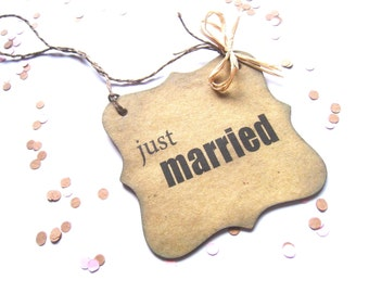 "JUST MARRIED SIGN - 4"" Chipboard - Wedding Door Decor - Don't Disturb Sign - Photo Prop - Rustic Wedding - Vintage Wedding"