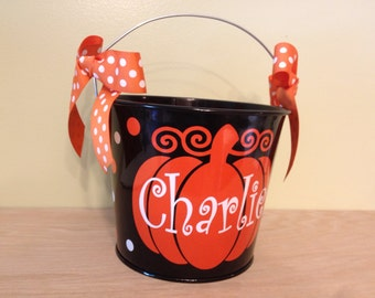 Halloween bucket: Personalized halloween trick or treat metal bucket, 5 quart pail, LOTS of colors, name or monogram over pumpkin