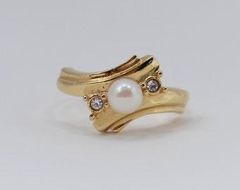 SALE 40 PERCENT OFF Vintage Signed Avon Goldtone Faux Pearl Wrap Swish Clear Rhinestone Gold Tone Rhinestone Size 10.5 Ring