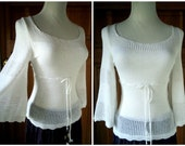Vintage 70s Boho Angel Wing Sweater Lightweight Open Mesh Weave Scalloped Hem Sheer Blouse XS 32 B