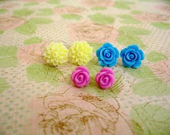 Light Yellow Blue Violet Resin Flower Earrings, Resin Earrings, Resin Cabochons, Cabochons Earrings, Flower Earrings, Rose Earrings
