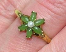 Vintage Jade Ring, Pearl & Nephrite, Vermeil Silver, Retro Era Quality piece