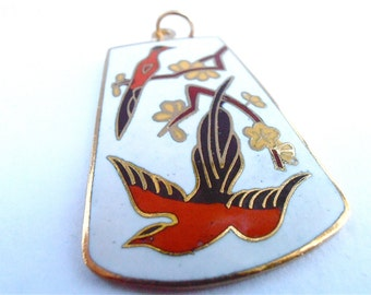 Vintage White Cloisonne Pendant Black Bird Red Flower Floral Pendant Vtg Red Enamel Necklace Vintage Bird Enamel Gold Tone Cloissone Pendant