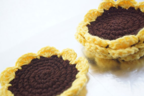 Crocheted Sunflower Coasters / Set of 4