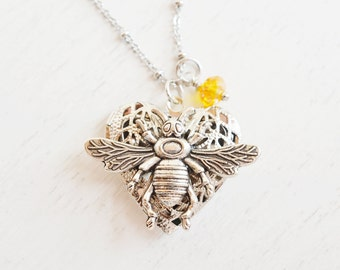 bee locket necklace,bee jewelry,woodland bug locket,yellow honey bee locket,gift for mom,bridesmaid gift,filigree locket,silver heart locket