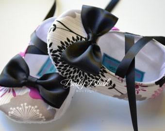 Black Grey Fuchsia Soft Ballerina Slippers Baby Booties w/ Black Bow and Ribbon Ties