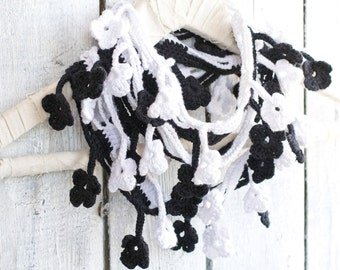 Black and White Flower Loop Scarf, Egyptian Cotton, Crochet Bohemian Accessories, Romantic Fashion