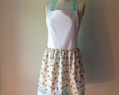 Women's Apron/Hostess Gift/Holiday Gift/Kitchen