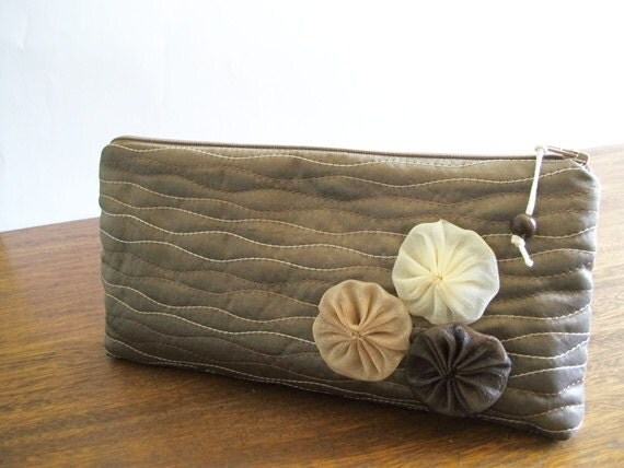 Rustic Wedding Clutch, Brown Purse with Flowers, Bridesmaid Gift, Farmhouse Wedding Gifts