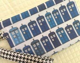 T.A.R.D.I.S. Doctor Who Wristlet