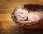 Newborn Christmas Crown. Baby Gold Crown. Newborn Gold Lace Crown. Gold Crown. Gold Lace Crown. Newborn Photography Prop. UK SELLER