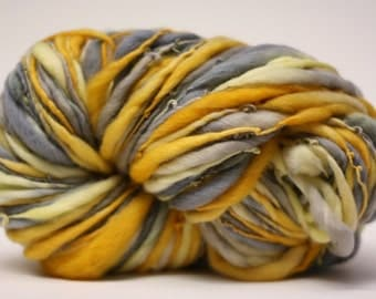 Thick and Thin Merino Yarn Handspun Slub tts Hand dyed Self Striping LR 40a