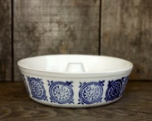 Because you love cake - White and blue - Stoneware cake mold - bakeware