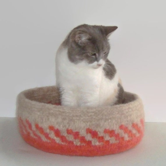Cat Bed Hand Knit Felted Peruvian Highland Wool Pet Bed