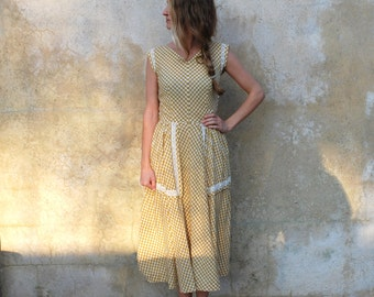 1950s summer cotton day dress- 50s tan and white checkered dress- medium