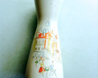 Art Pottery Vase.  Cityscape, Artist with easel on rear.   Vintage 1950.  Too Fabulous!