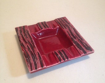 Rare vintage pottery. Vintage ceramic ashtray.  Retro red ashtray.  Elsinore pottery. California  pottery