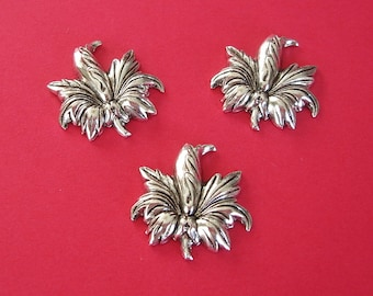 3-Flower Antiqued Silver over Brass Stamping Ornament Embellishment Jewelry Findings.