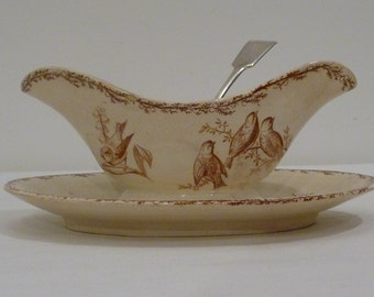 French sauce boat