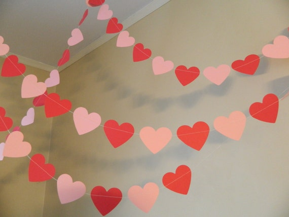 Items similar to Valentines Day Decorations / 6ft Red and Pink Paper Heart  Garlands / Party Decor / Valentines Day Photo Prop on Etsy