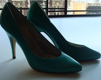80s Teal pumps