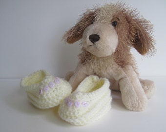 Crochet Baby Booties - Vanilla Off White with Pale Lavender Buttons - Newborn to 3 Months