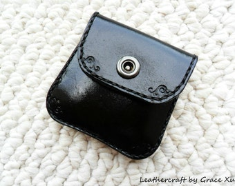 100% hand stitched hand dyed black vegetable tanned leather Ipod/ ear buds/ coin / case / pouch