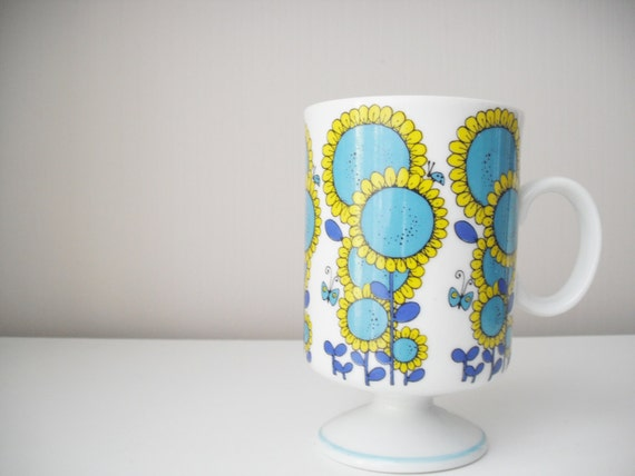 Retro / Vintage Japanese Ceramic Cup
