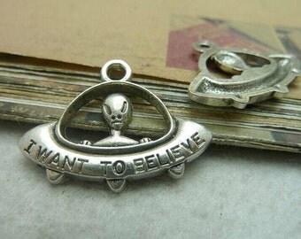 20pcs 22x30mm The Aliens  Silver Color Retro Pendant Charm For Jewelry /Pendants C7295