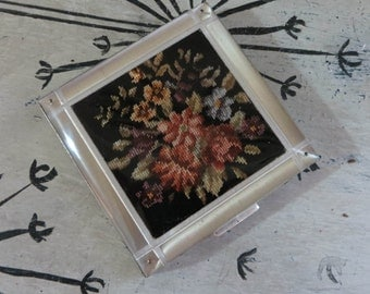 Vintage Compact Gold Tone Compact Rex Compact Tapestry Compact Mirror Blush Compact Mirrored Compact Silver Plate Powder Compact