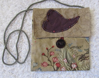 Fabric purse with applique