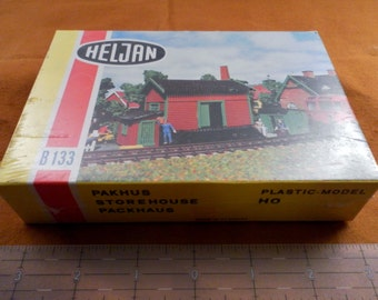 Vintage Heljan Model Kit B133 RR HO Scale Pakhus - Storehouse. Unopened Original Cellophane Wrapped Box. Made In Denmark.