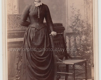 Vintage/Antique beautiful cabinet photo of woman in a long dress with a nice hair