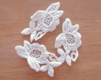 Venice Lace Embroidery Appliqués In Floral Design in White Color.