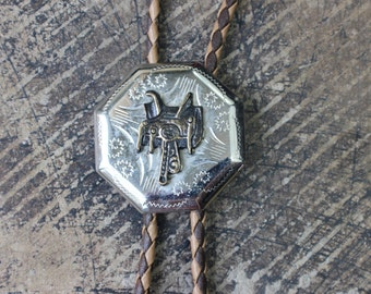 SALE Saddle Bolo Tie / Vintage Western Jewelry / Southwestern Unisex Jewelry