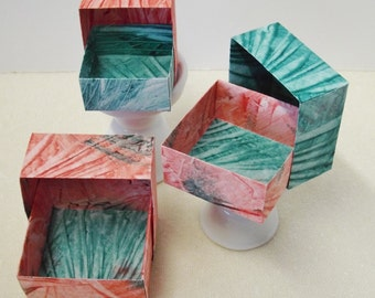Origami Masu Paste Paper Nesting Boxes-Reds & Green