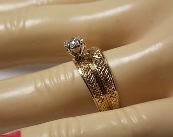 1970s Diamond Wedding Set .11Ctw Yellow Gold 10K 4.1gm Size 8 Rich YG Cross-Hatched Design