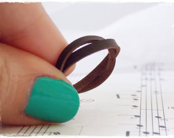Braided Ring, Irish Celtic Ring, Elven Leather Ring, Rustic Leather Band, Nordic Leather Ring, Tribal Brown Ring, Dainty Jewelry, Wicca Ring
