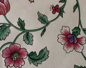 Mario Buatta Vintage Wallpaper Roll Purple Blue Red flowers with green leaves Collection Floral  double rolls