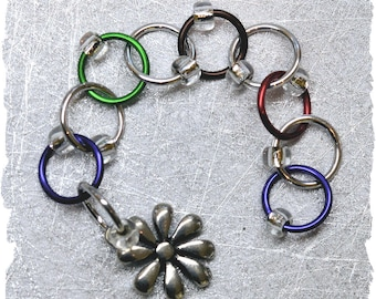 Row Counter (chain style) - multi colored rings / knitting row counter
