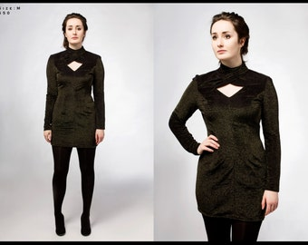 Upycled vintage black and gold dress / long sleeve / womens / party / formal / open back / size medium