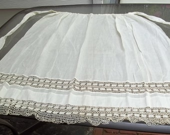 "Beautiful Antique Apron, Gorgeous Crochet Work, 36 "" Waist  by 35 length"