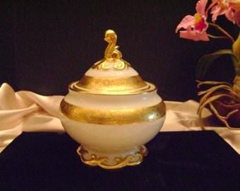 Koeniqszelt porcelain covered jar.