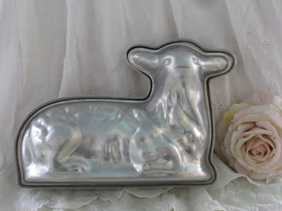 Lamb Cake Pan Wilton Holiday Pan Little Lamb Cake Stand