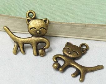 25pcs Antique Bronze Cute Cat Charm Pendants 18x19mm F202-4